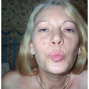 Rencontre de cul avec une cougar aux seins généreux